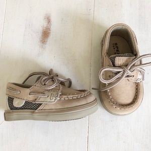 New baby Sperry unisex shoes 1M